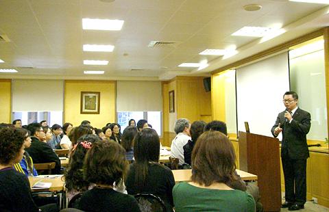 【主題】成衣代工企業如何做好企業與個人的行銷【時間】2008-05-12  | 演講行程