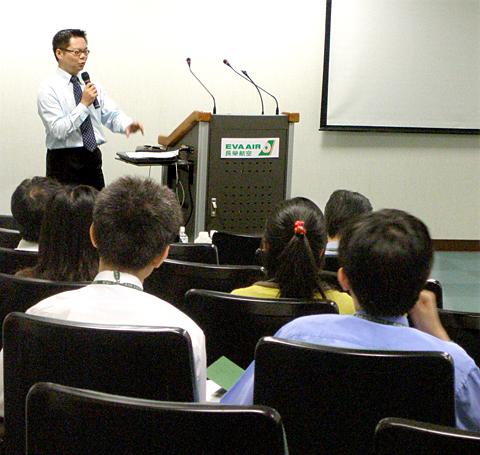 【主題】你的行銷行不行【時間】2008-06-12  | 演講行程