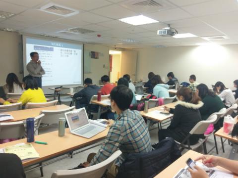 江亘松顧問至台中青創會舉辦課程「網路開店實戰篇~第一次做網購就開始賺錢」